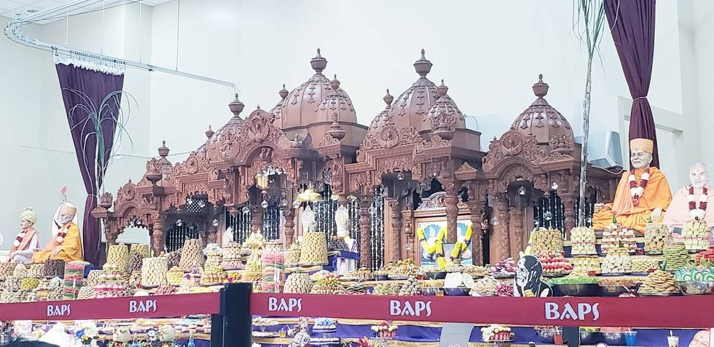 BAPS Shri Swaminarayan Mandir - hindu temple  | Photo 8 of 9 | Address: 9556 E Fowler Ave, Thonotosassa, FL 33592, USA | Phone: (813) 986-5473