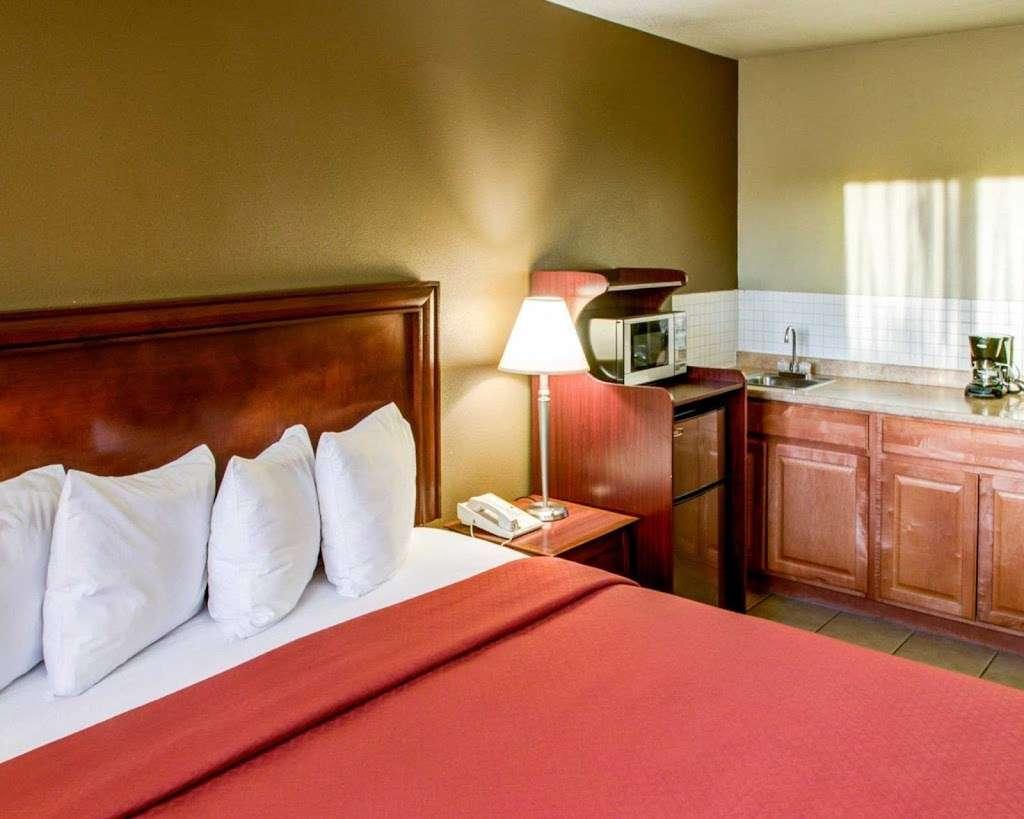 Quality Inn San Diego Miramar - lodging    Photo 9 of 10   Address: 9350 Kearny Mesa Rd, San Diego, CA 92126, USA   Phone: (858) 578-4350