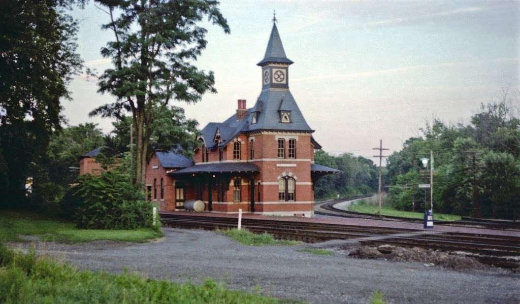 Point of Rocks - train station    Photo 7 of 10   Address: 4000 Clay St, Point of Rocks, MD 21777, USA