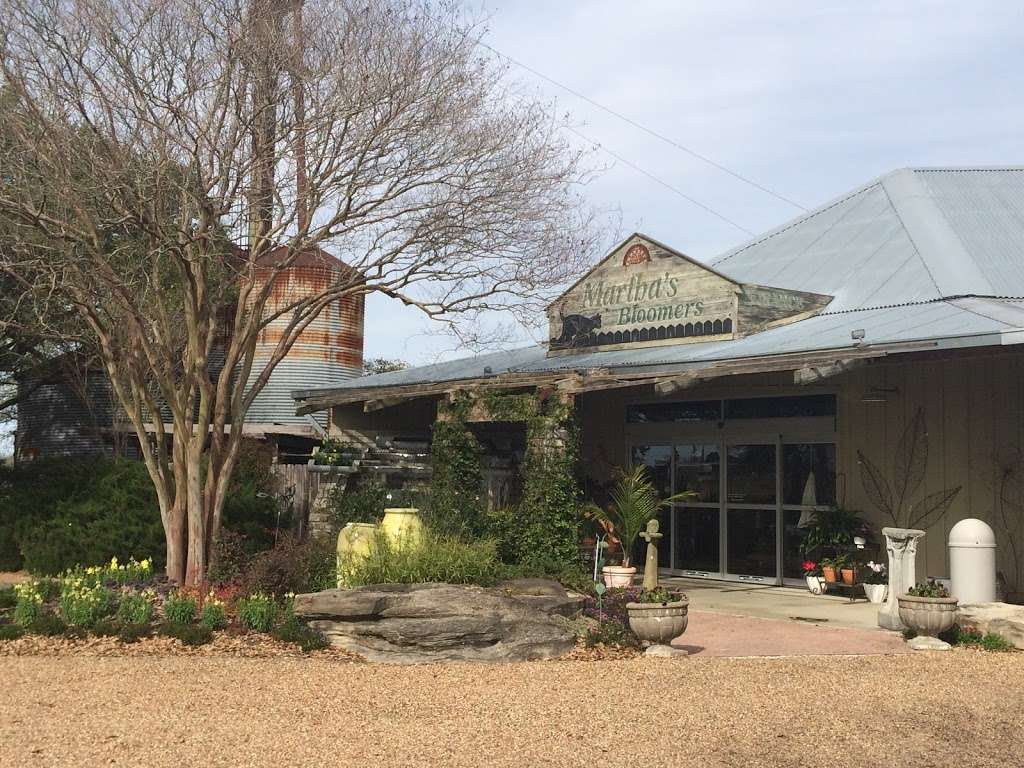 M Bloomers Cafe - cafe  | Photo 7 of 10 | Address: 8101 Hwy 6, Hwy 6, Navasota, TX 77868, USA | Phone: (936) 870-3277
