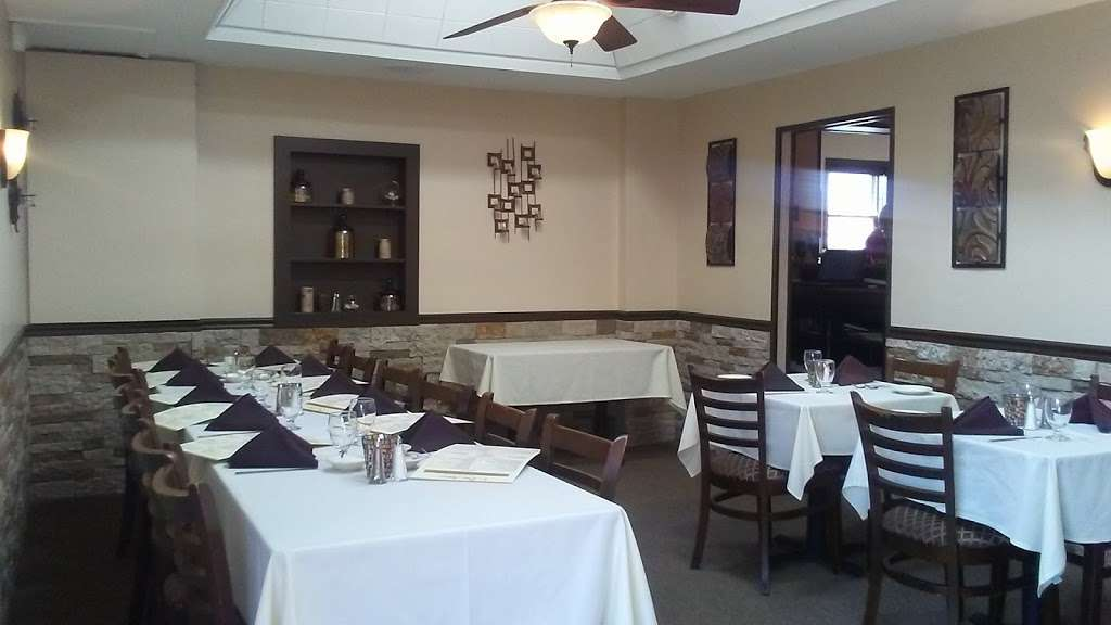 Due Amici Italian Grill - restaurant  | Photo 6 of 10 | Address: 2114 Branch Pike, Cinnaminson, NJ 08077, USA | Phone: (856) 303-8828