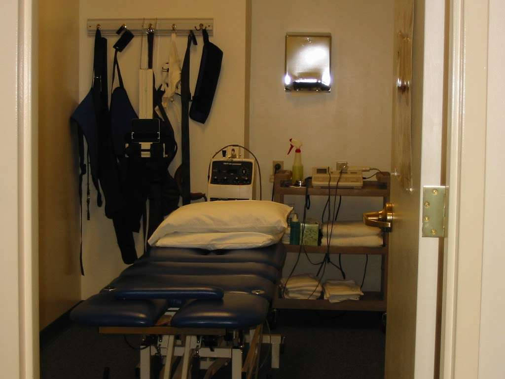 PRO Physical Therapy: Front Royal - physiotherapist    Photo 7 of 10   Address: 1729 N Shenandoah Ave, Front Royal, VA 22630, USA   Phone: (540) 636-6179