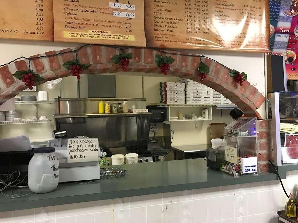 Kings Pizza - restaurant  | Photo 1 of 5 | Address: 2083 W Penn Pike, Andreas, PA 18211, USA | Phone: (570) 386-4100
