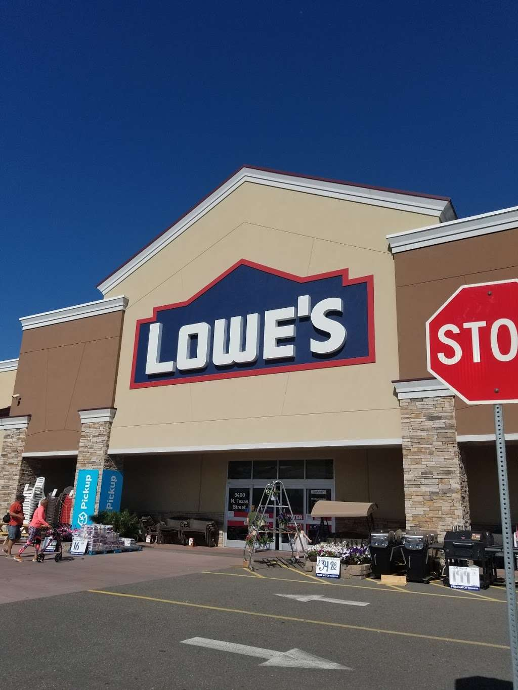 Lowes Home Improvement - hardware store  | Photo 9 of 10 | Address: 3400 N Texas St, Fairfield, CA 94533, USA | Phone: (707) 207-2070