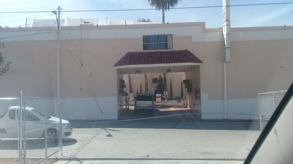 Motel El Mirador - lodging  | Photo 6 of 10 | Address: Gral. Ramón Arnaiz, Soler, 22530 Tijuana, B.C., Mexico | Phone: 664 166 2761
