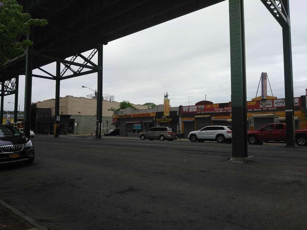 J Colgate - clothing store    Photo 9 of 10   Address: 1173-1199 Colgate Ave, Bronx, NY 10472, USA   Phone: (718) 620-6616