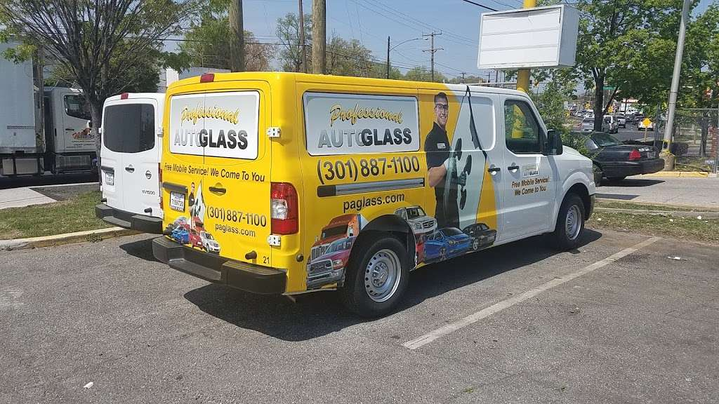 Professional Auto Glass - car repair  | Photo 5 of 6 | Address: 5601 Kenilworth Ave, Riverdale, MD 20737, USA | Phone: (301) 887-1100