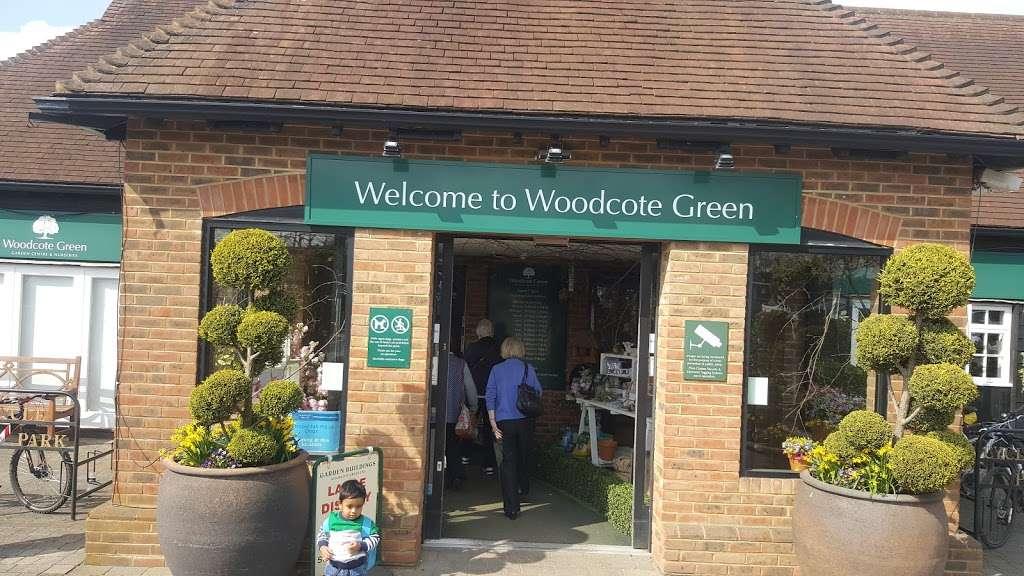 Woodcote Green - florist  | Photo 6 of 10 | Address: Woodcote Green Garden Centre & Nurseries, 4a Woodmansterne Ln, Wallington SM6 0SU, UK | Phone: 020 8647 6838