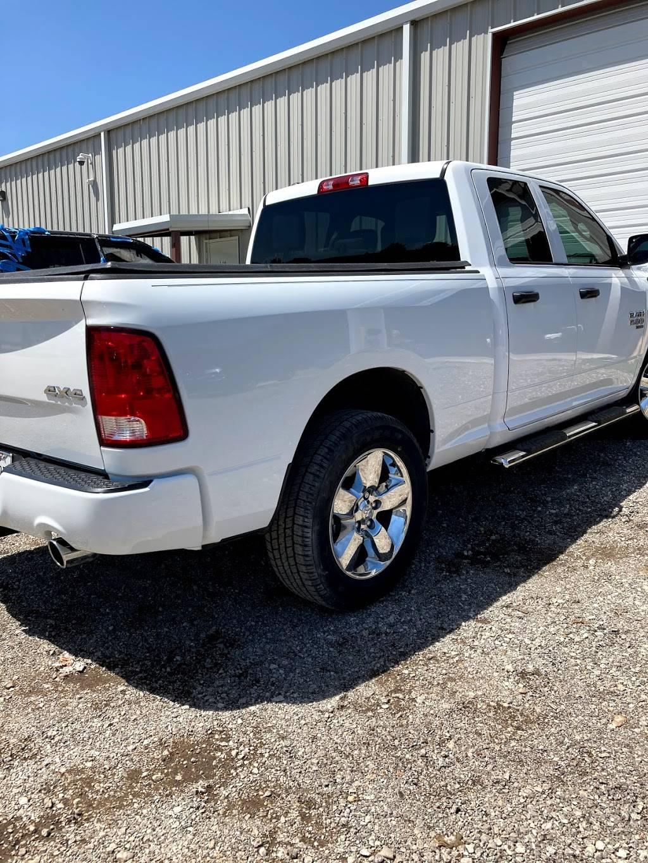 1st Class Customs & Collision LLC - car repair    Photo 5 of 9   Address: 5160 Lemons Rd #100, Fort Worth, TX 76140, USA   Phone: (817) 243-4604