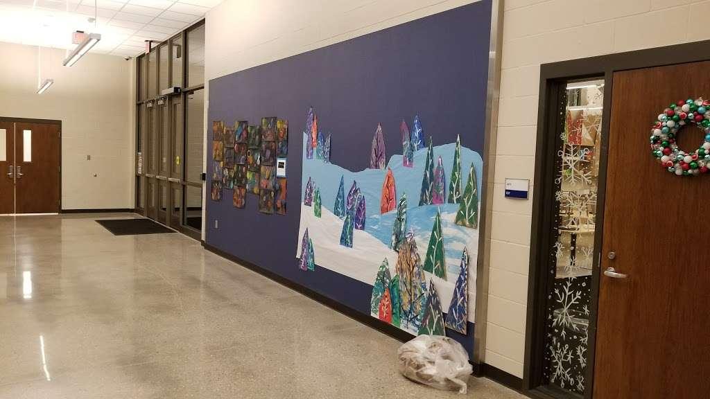 Wolf Springs Elementary School - school  | Photo 2 of 3 | Address: 9300 178th Terrace, Bucyrus, KS 66013, USA | Phone: (913) 624-2400