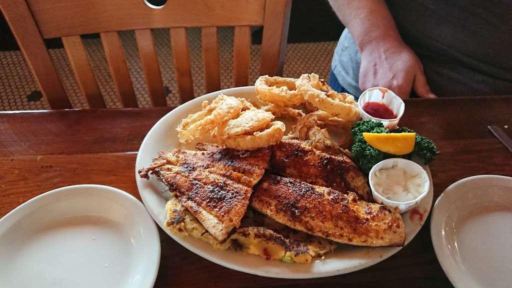 Millers Seawall Grill - restaurant    Photo 9 of 10   Address: 1824 Seawall Blvd, Galveston, TX 77550, USA   Phone: (409) 763-8777