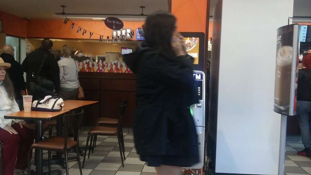 Dunkin Donuts - cafe  | Photo 8 of 10 | Address: 850 Bronx River Rd, Yonkers, NY 10708, USA | Phone: (914) 237-5921