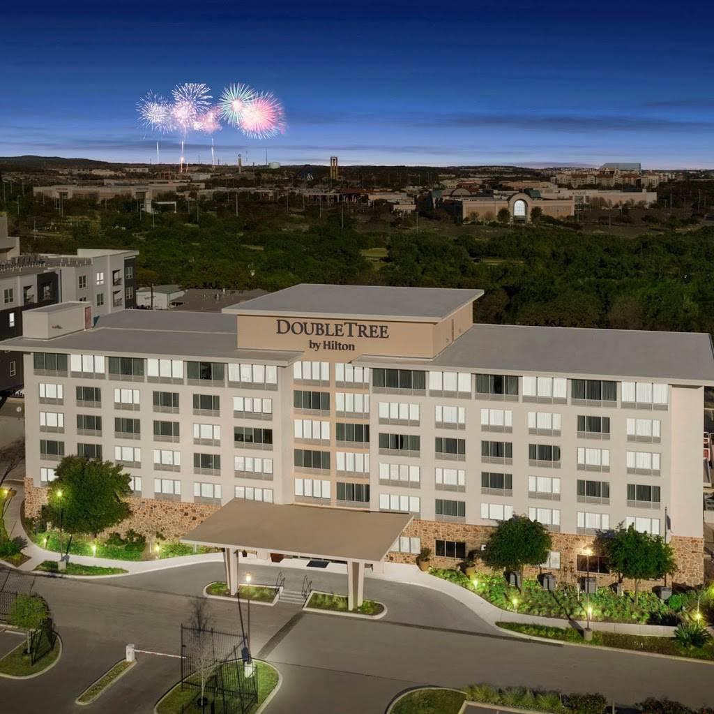 DoubleTree by Hilton San Antonio Northwest - lodging  | Photo 7 of 10 | Address: 6809 N Loop 1604 W, San Antonio, TX 78249, USA | Phone: (210) 690-0300
