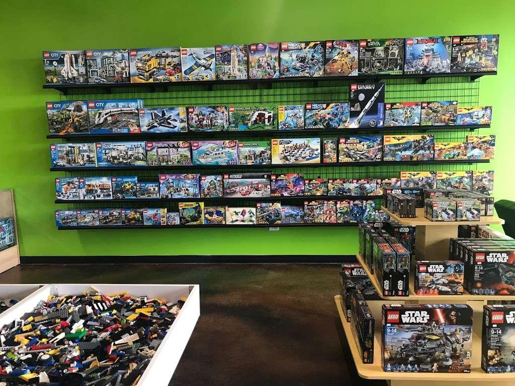 Bricks & Minifigs - Store | 9200, 20649 W Renwick Rd, Crest Hill, IL