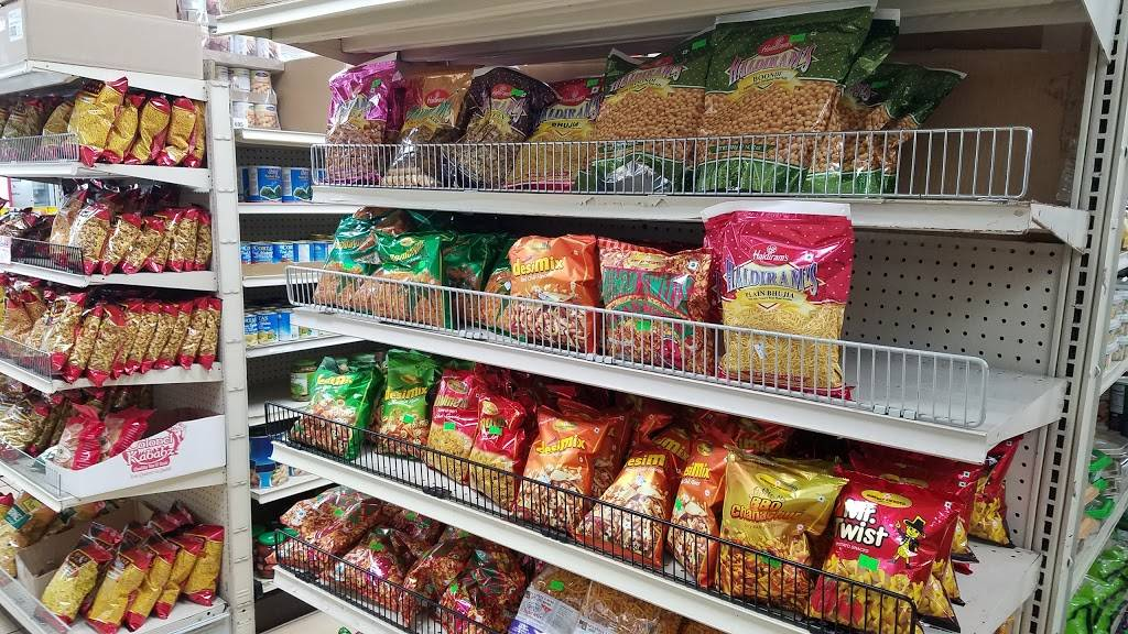 Shahi Grocery and Cafe - cafe  | Photo 4 of 10 | Address: 12410 N Lamar Blvd D, Austin, TX 78753, USA | Phone: (512) 837-8668