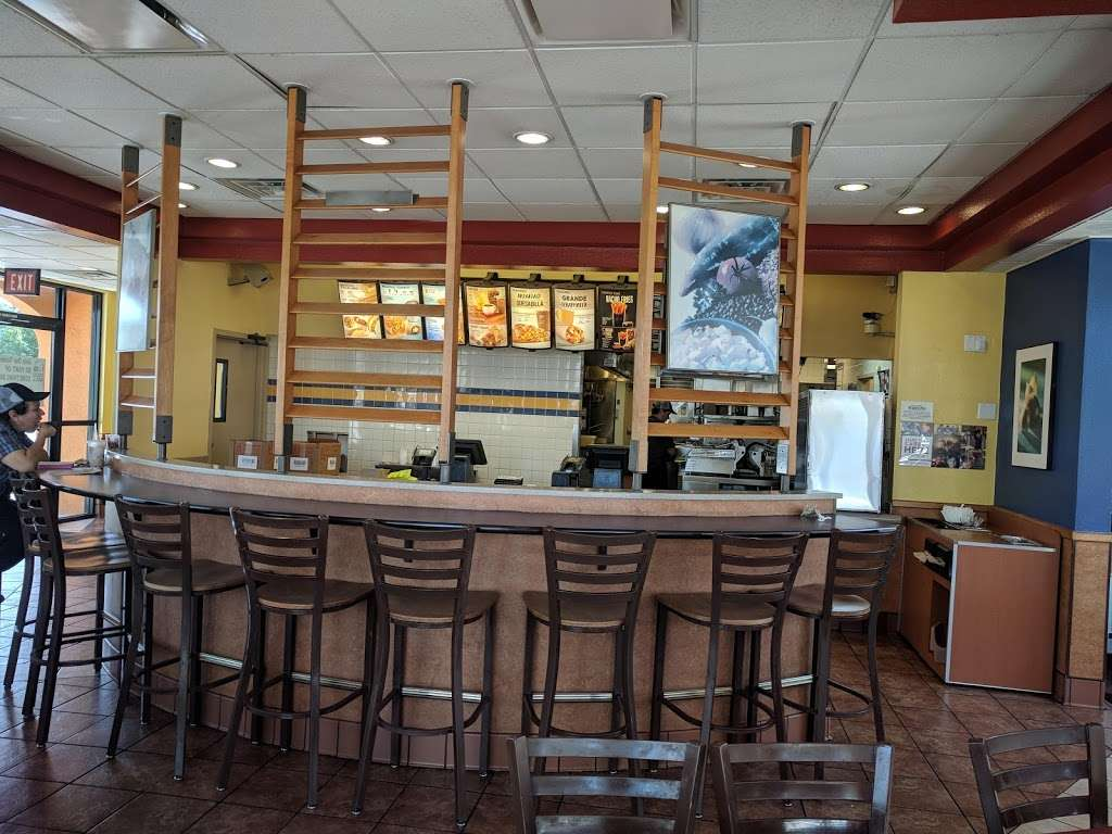 Taco Bell - meal takeaway  | Photo 2 of 10 | Address: 7878 Valley View St, Buena Park, CA 90620, USA | Phone: (714) 994-5331