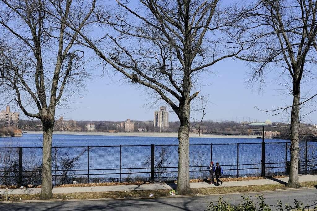 Jerome Park - park  | Photo 1 of 10 | Address: Goulden Ave, Bronx, NY 10463, USA | Phone: (212) 639-9675