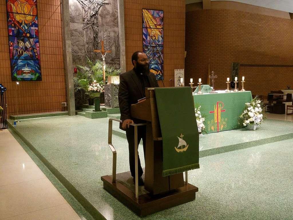 Holy Rosary Church - church    Photo 7 of 10   Address: 1510 Adee Ave, Bronx, NY 10469, USA   Phone: (718) 379-4432