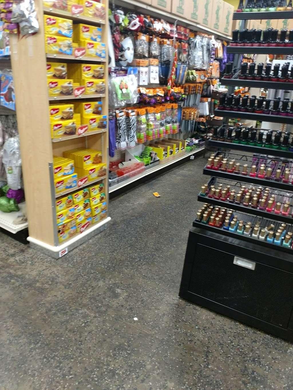 Dollar King - home goods store    Photo 7 of 10   Address: 8343 Foothill Blvd, Sunland-Tujunga, CA 91040, USA   Phone: (818) 951-7840