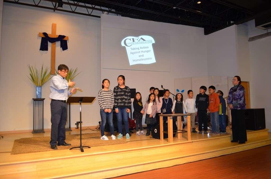 Riverside Community Church - church  | Photo 3 of 10 | Address: 100 Gilbert Ave, Elmwood Park, NJ 07407, USA | Phone: (201) 773-9044