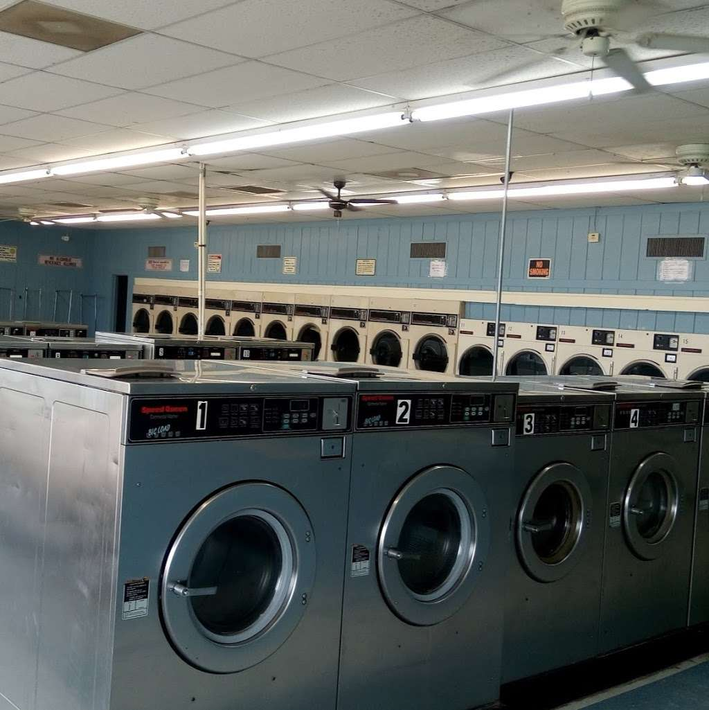 Santa Fe Laundromats Inc - laundry    Photo 2 of 3   Address: 12414 Hwy 6, Santa Fe, TX 77510, USA   Phone: (409) 316-0101