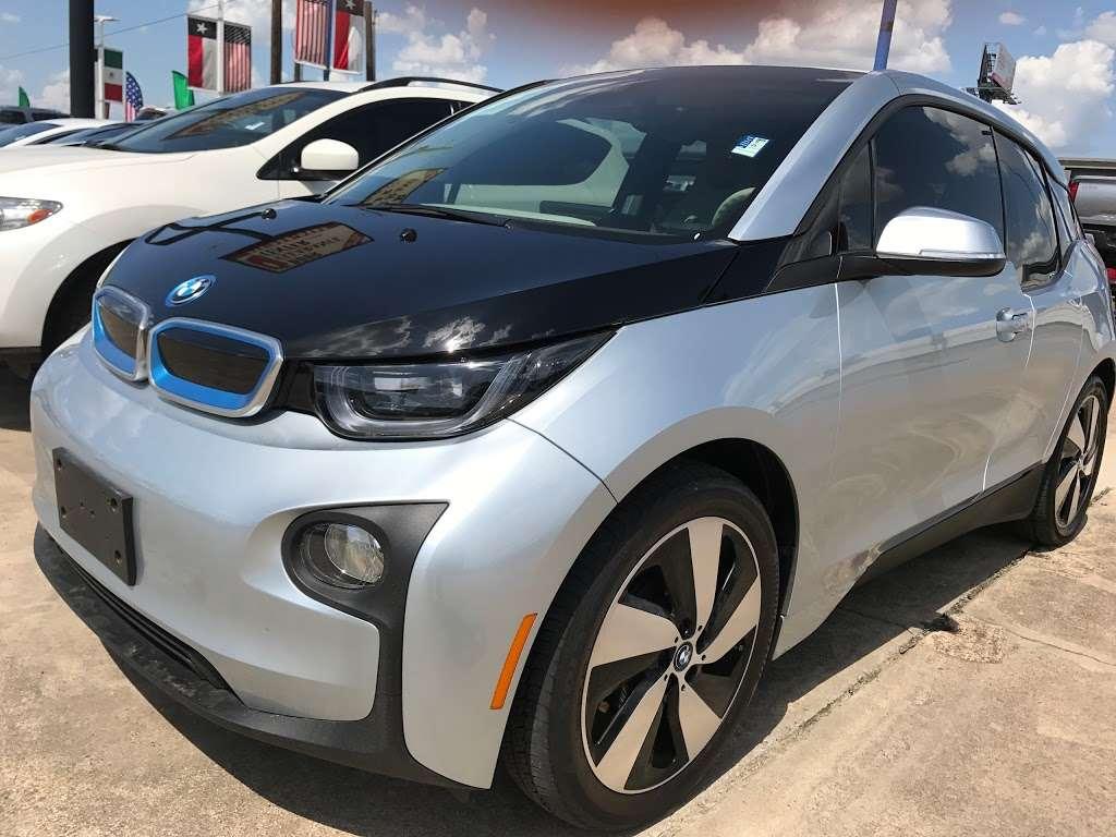 BEST CAR DEALS IN TEXAS BY EDDIE - car dealer  | Photo 10 of 10 | Address: 7955 Veterans Memorial Dr, Houston, TX 77088, USA | Phone: (713) 922-7911
