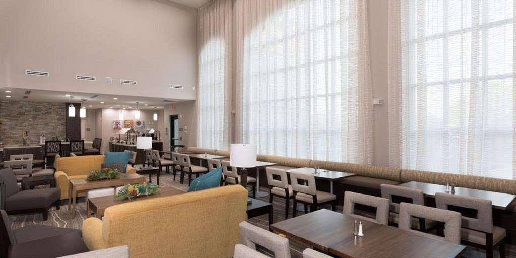 Staybridge Suites Houston East - Baytown - lodging  | Photo 5 of 10 | Address: 7626 Garth Rd, Baytown, TX 77521, USA | Phone: (281) 421-0030