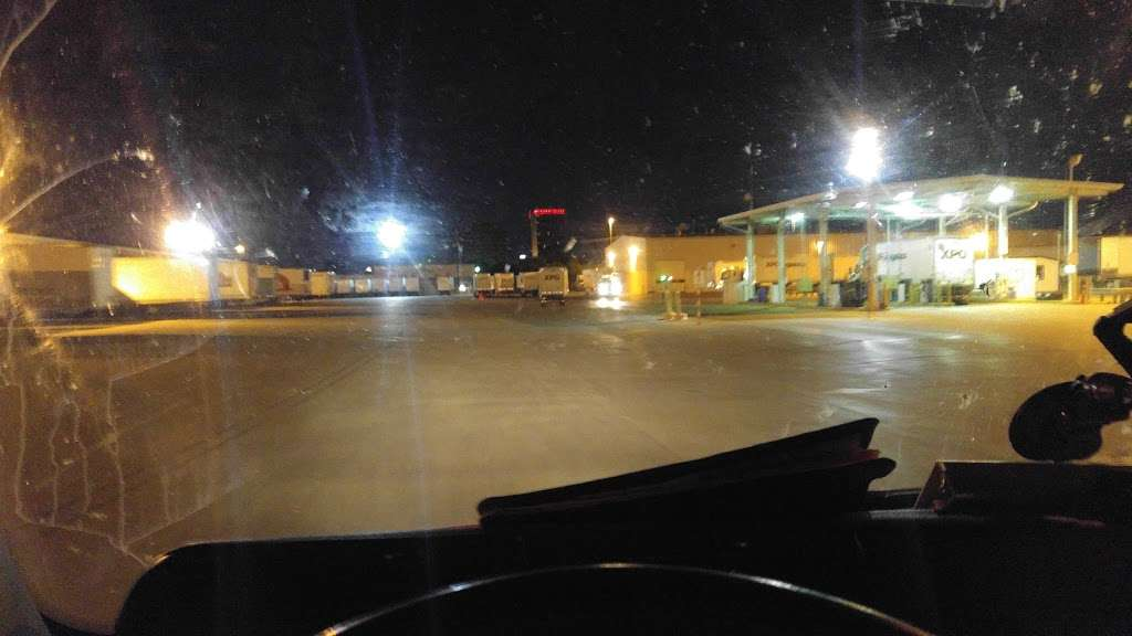 XPO Logistics - Moving company   5020 Calvert St, Dallas, TX 75247, USA