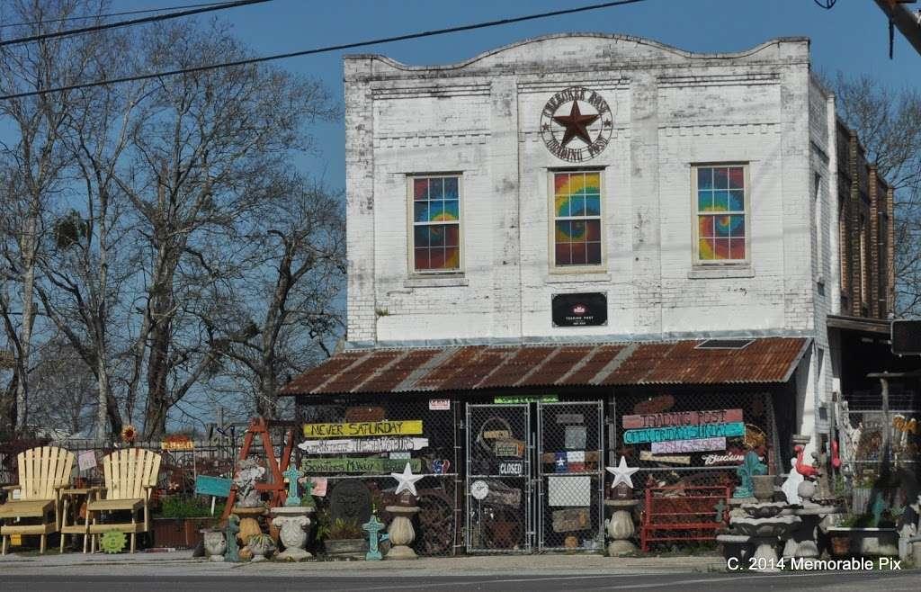 The Cherokee Rose Trading Post - store  | Photo 4 of 7 | Address: 16147 FM 521 Rd, Rosharon, TX 77583, USA | Phone: (281) 635-9433