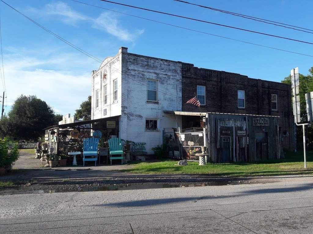 The Cherokee Rose Trading Post - store  | Photo 5 of 7 | Address: 16147 FM 521 Rd, Rosharon, TX 77583, USA | Phone: (281) 635-9433