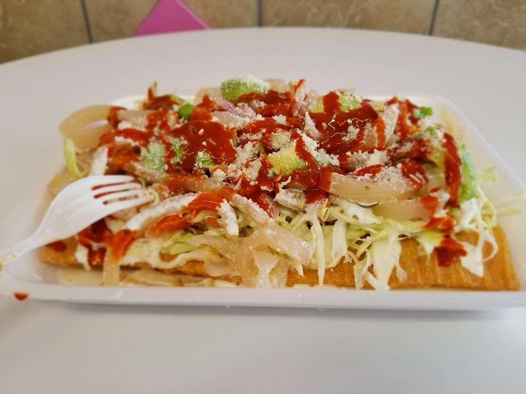 La Michoacana - restaurant  | Photo 8 of 9 | Address: 1600 Scoville Ave, Berwyn, IL 60402, USA | Phone: (708) 637-4363
