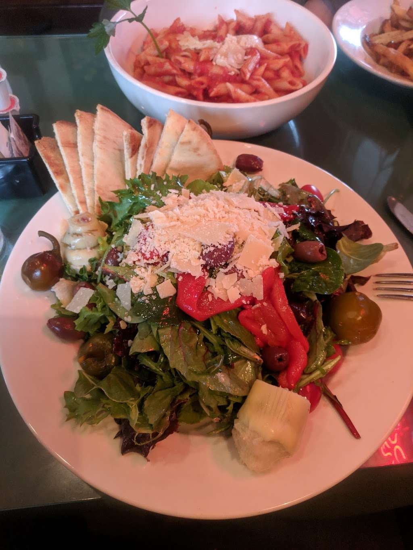 The Village Tavern - restaurant  | Photo 2 of 10 | Address: 90 Hartford Pike, North Scituate, RI 02857, USA | Phone: (401) 764-0893