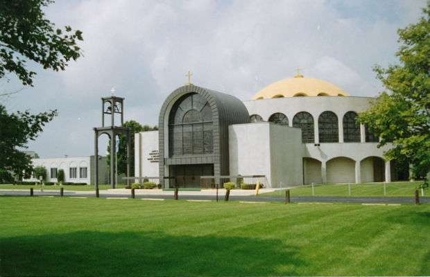 Sts Constantine & Helen Greek Orthodox Church - church  | Photo 2 of 10 | Address: 8000 Madison St, Merrillville, IN 46410, USA | Phone: (219) 769-2481