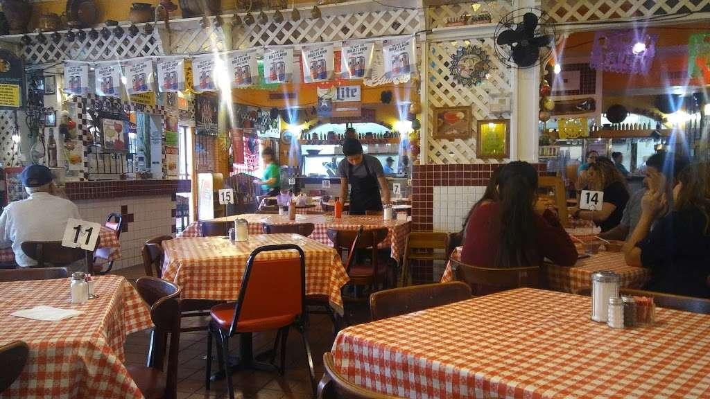 Gorditas Aguascalientes - restaurant  | Photo 8 of 10 | Address: 3810 Irvington Blvd, Houston, TX 77009, USA | Phone: (713) 697-7888