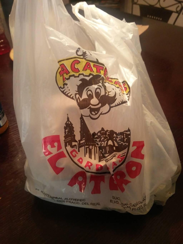 Gorditas El Atoron - restaurant  | Photo 7 of 10 | Address: Calle Niños Héroes, Av Reforma 1407, El Barreal, 32040 Cd Juárez, Chih., Mexico | Phone: 656 375 0476