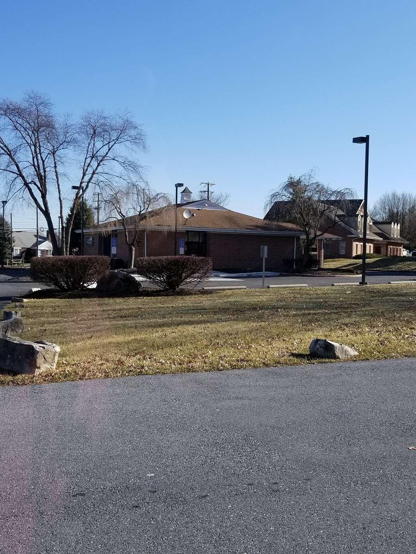 BB&T - bank  | Photo 2 of 3 | Address: 3000 Shillington Rd, Sinking Spring, PA 19608, USA | Phone: (610) 670-0700