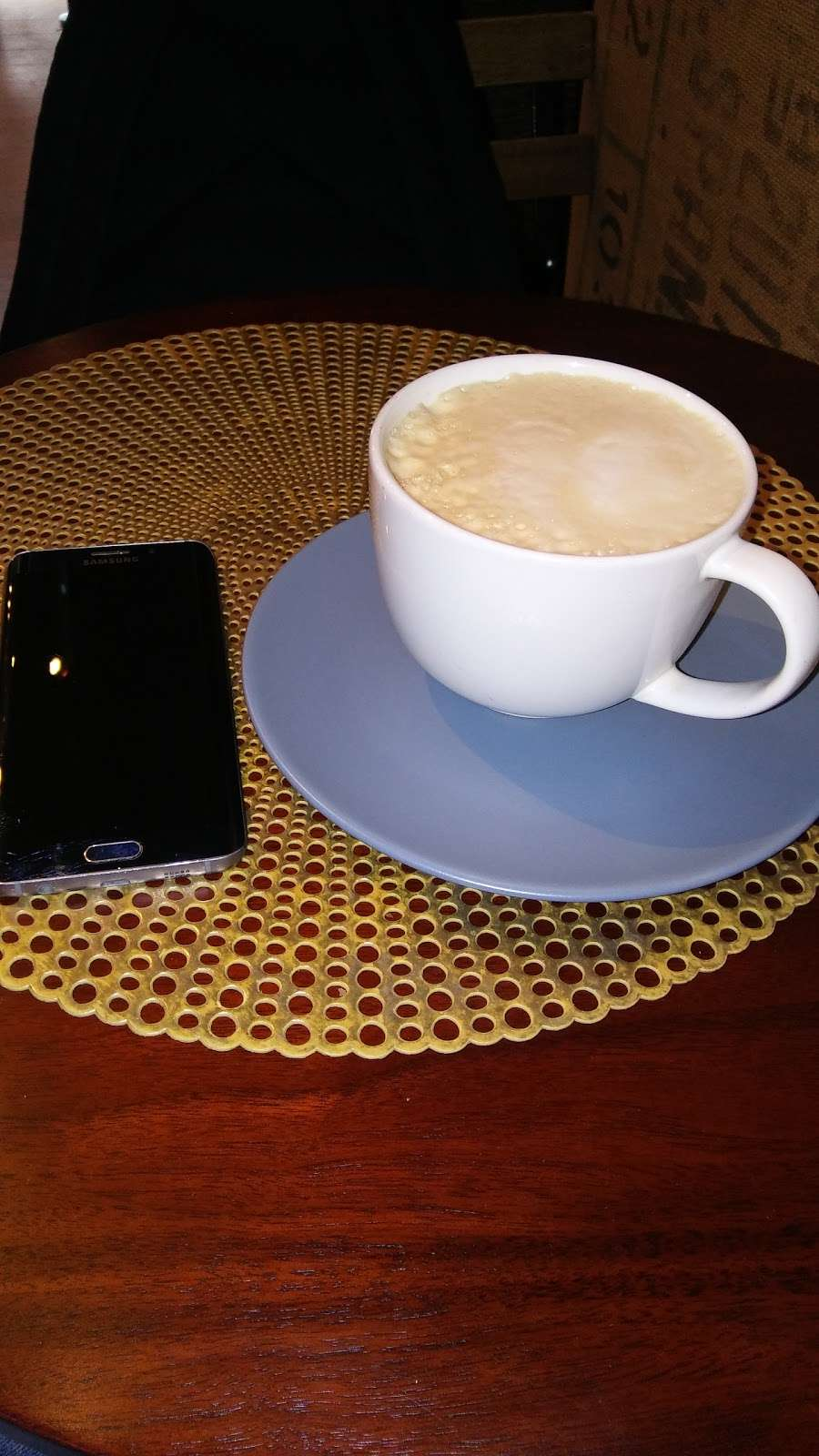 Blue Cups - cafe  | Photo 7 of 10 | Address: 38-4 61st St, Woodside, NY 11377, USA | Phone: (917) 832-6940