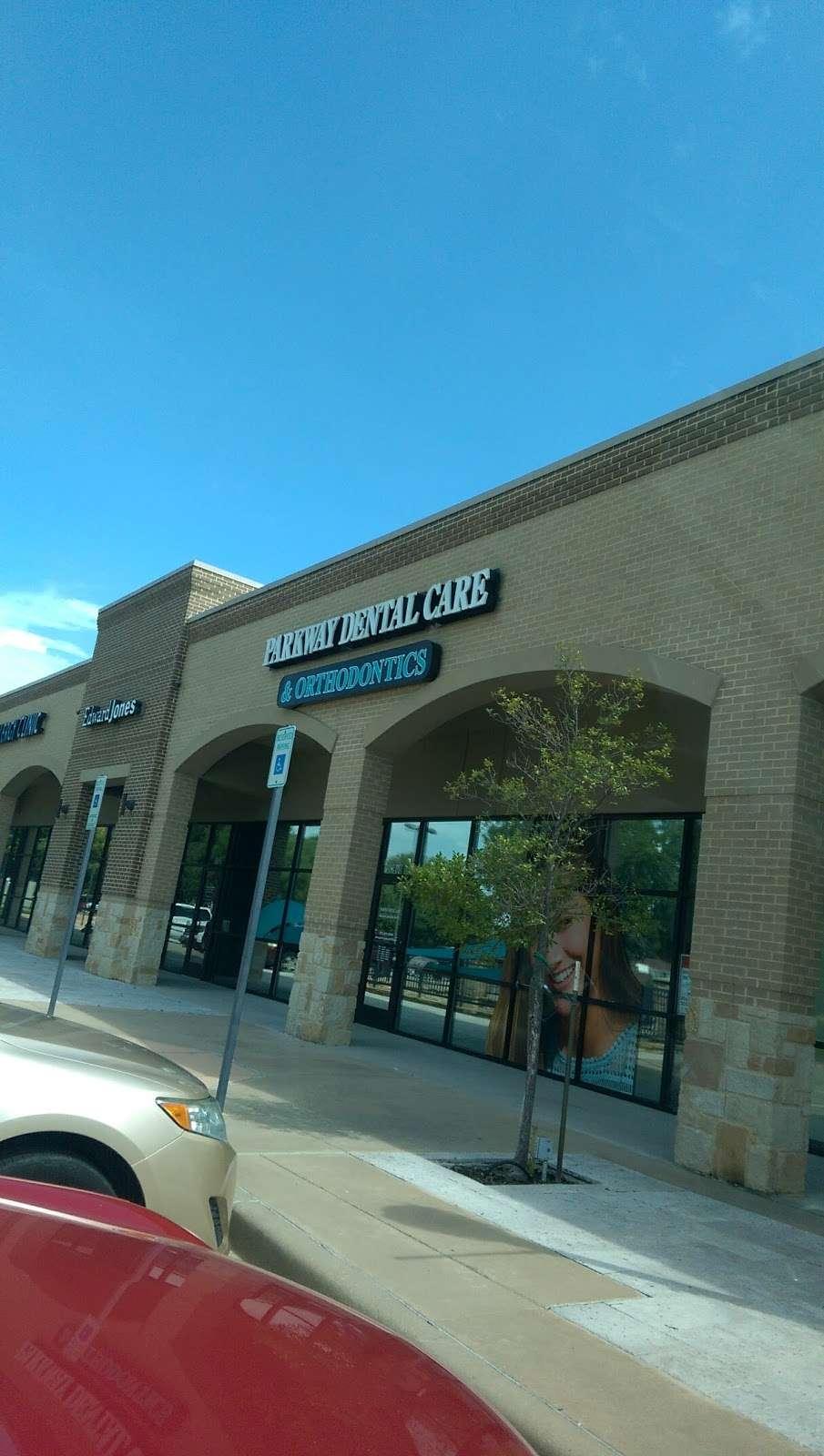 Oak Park Village - shopping mall  | Photo 3 of 6 | Address: 2380 Firewheel Pkwy, Garland, TX 75040, USA | Phone: (972) 898-8884