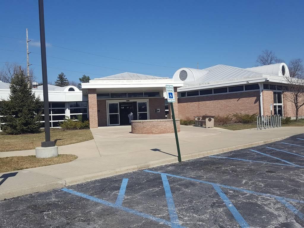 Reynolds Corners Branch Library - library  | Photo 1 of 2 | Address: 4833 Dorr St, Toledo, OH 43615, USA | Phone: (419) 259-5320