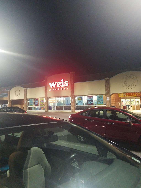 Weis Markets - store    Photo 8 of 10   Address: 282 Deacon Rd, Fredericksburg, VA 22405, USA   Phone: (540) 371-3258