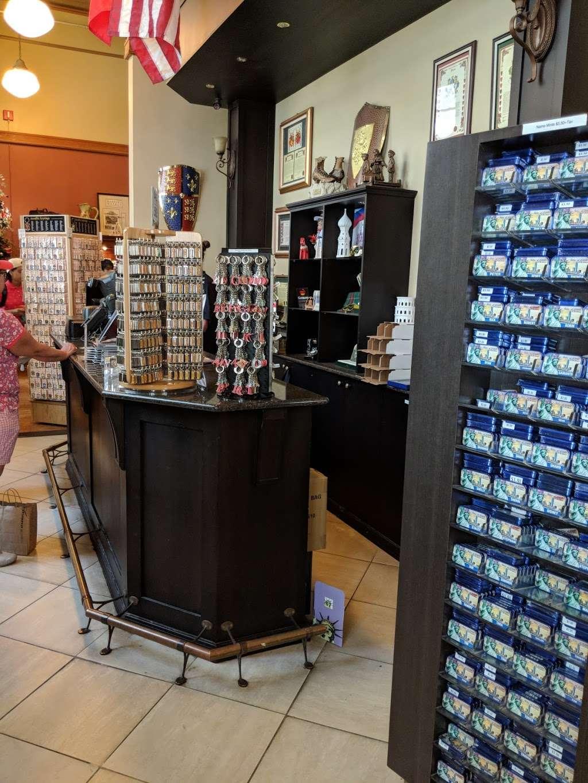 Ellis Island Cafe - restaurant    Photo 6 of 10   Address: Ellis Island, New York, NY 10004, USA