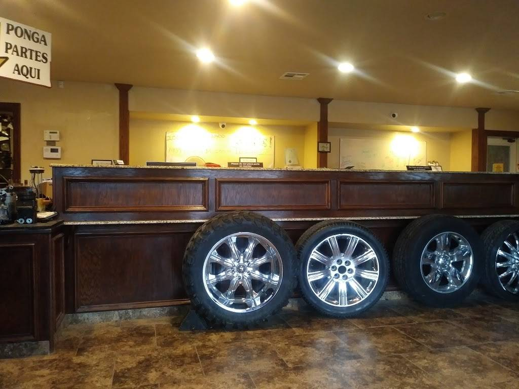 Pine Street Auto Recyclers & Salvage Inc - car repair  | Photo 1 of 10 | Address: 1561 E Pine St, Tulsa, OK 74106, USA | Phone: (918) 794-7770