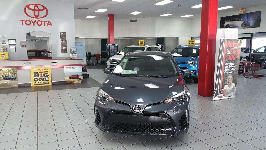 Palm Beach Toyota - car dealer  | Photo 10 of 10 | Address: 200 S Congress Ave, West Palm Beach, FL 33406, USA | Phone: (561) 701-9306