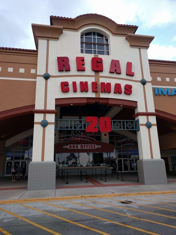 Regal Cinemas Waterford Lakes 20 IMAX - movie theater  | Photo 9 of 10 | Address: 541 N Alafaya Trail, Orlando, FL 32828, USA | Phone: (844) 462-7342