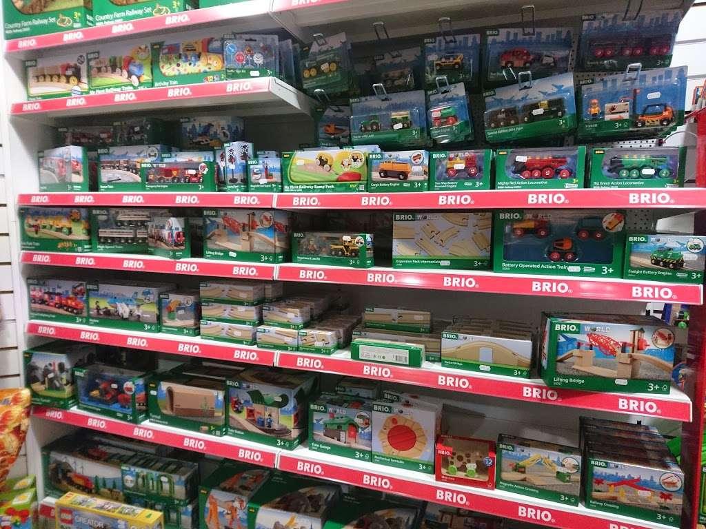 Toytime - store  | Photo 7 of 10 | Address: Leigh Rd, Tonbridge TN11 9AQ, UK | Phone: 01732 833695