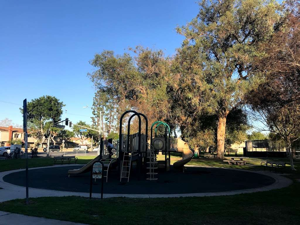 Pioneer Park - park  | Photo 8 of 10 | Address: 12722 Chapman Ave, Garden Grove, CA 92840, USA | Phone: (714) 741-3647
