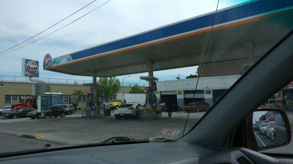Gulf - gas station  | Photo 1 of 3 | Address: 39-04 Skillman Ave, Sunnyside, NY 11104, USA | Phone: (718) 937-1629