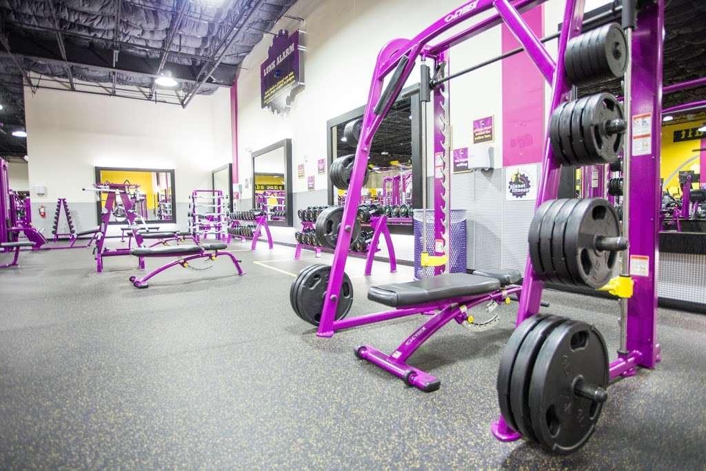 Planet Fitness 4526 S Orange Blossom Trail Orlando Fl 32839 Usa