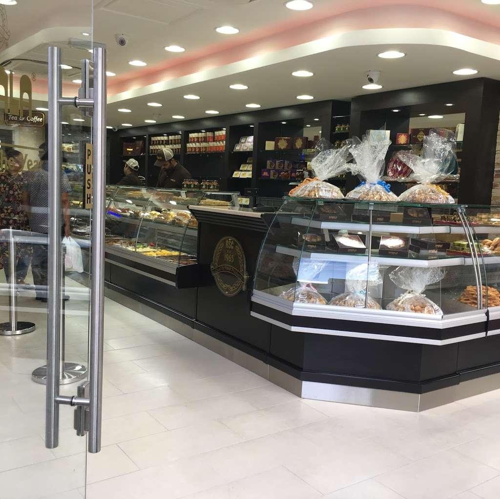 Ambala - store  | Photo 4 of 10 | Address: 201 Upper Tooting Rd, London SW17 7TG, UK | Phone: 020 8672 4867