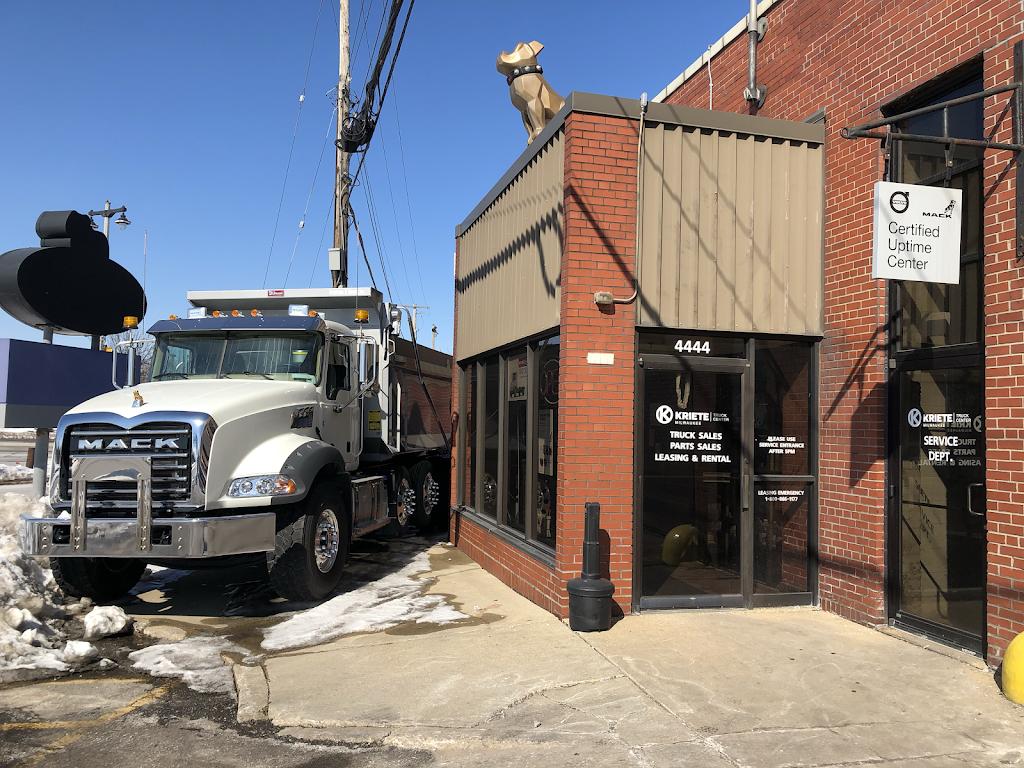 Kriete Truck Center - Milwaukee - car repair  | Photo 5 of 10 | Address: 4444 W Blue Mound Ct, Milwaukee, WI 53208, USA | Phone: (414) 258-8484